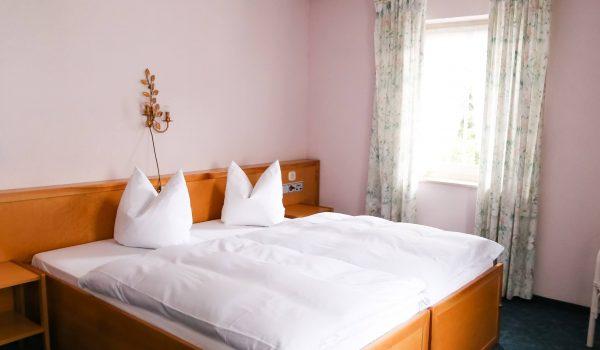 Doppelzimmer im Hotel & Restaurant Traube Neuffen